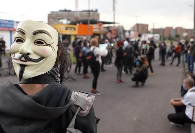 Colombianos denunciaron ataques racistas en Nueva York por hablar en español