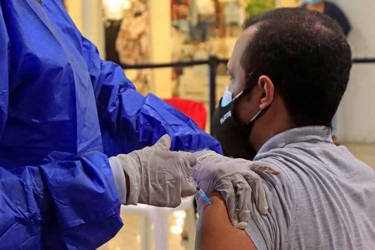 El 17,4 % de los colombianos aseguran que no se vacunará contra el covid-19