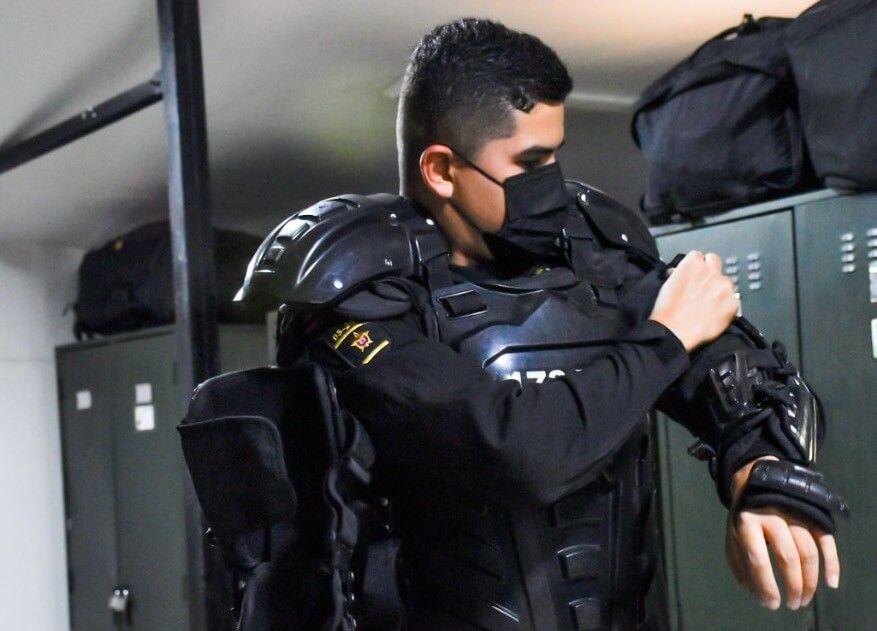 """""""Mantener el orden es nuestro deber, siempre supe que mi vocación era ser policía"""""""