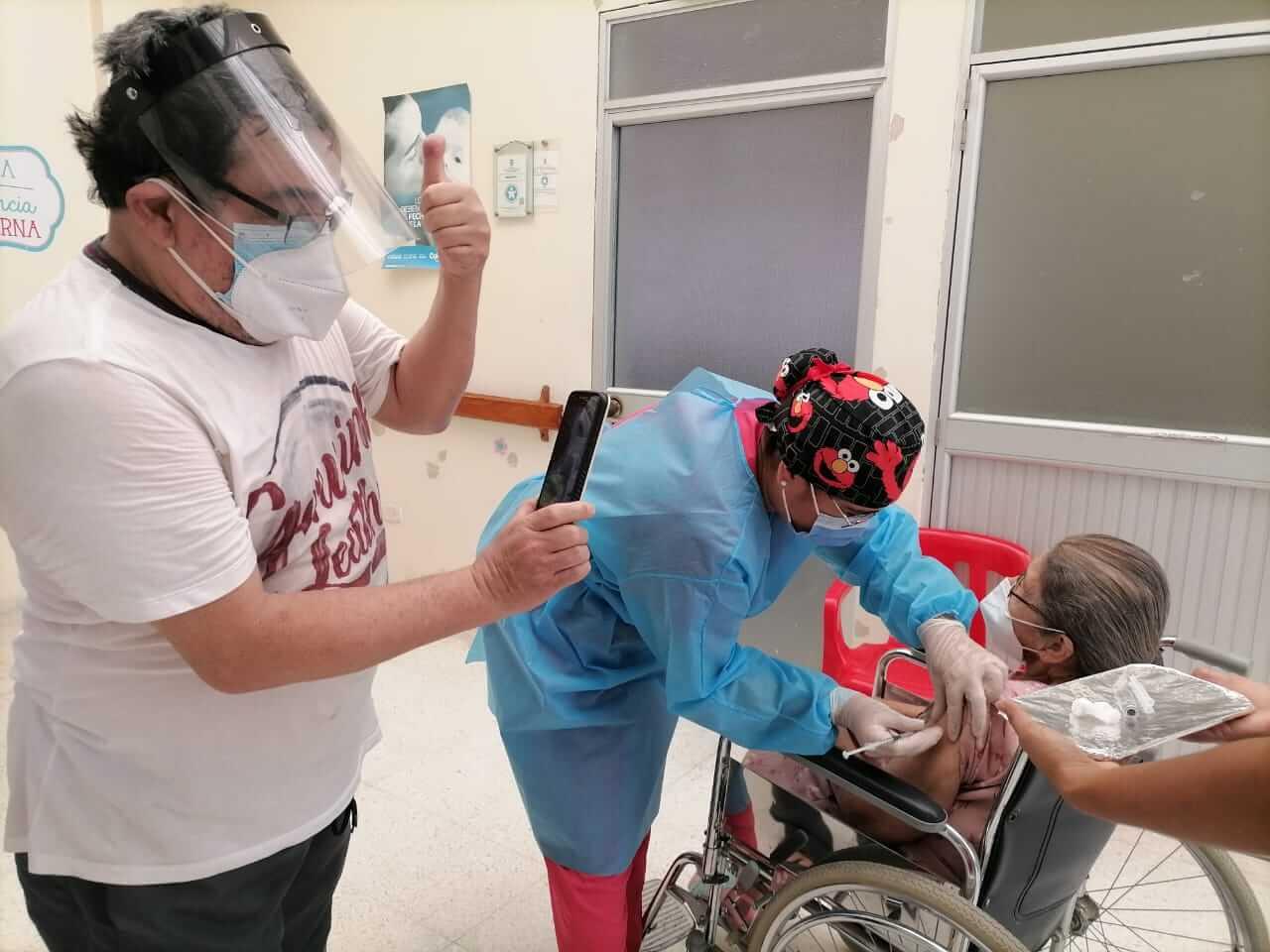 Cinco municipios del Huila punteando en la inmunización