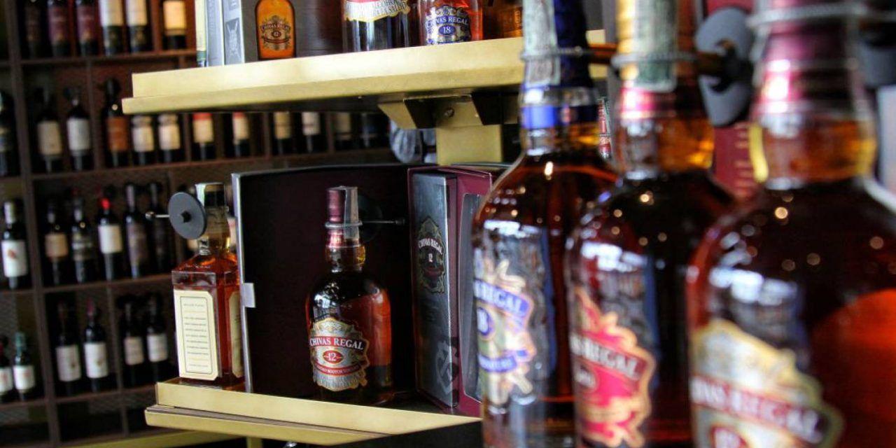 Prohiben venta y consumo de licor en zonas con alta ocupación UCI