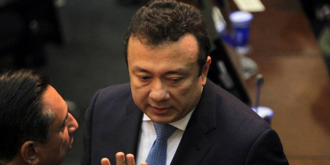 Niegan solicitud de aclaración a la defensa de senador Pulgar salpicado por corrupción