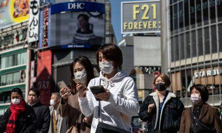 Prohibirán ingreso de extranjeros en Japón por propagación de nueva cepa de Covid
