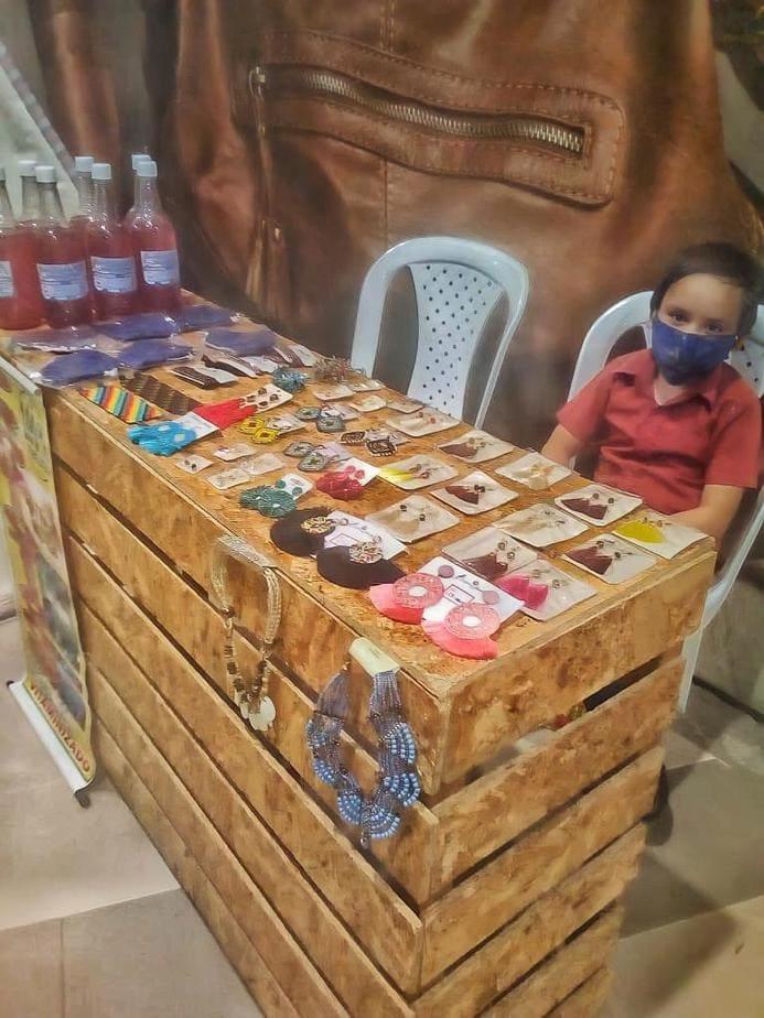 Actualmente tiene la oportunidad de ofrecer sus productos en una pequeña feria que se está desarrollando en el Centro Comercial Único.