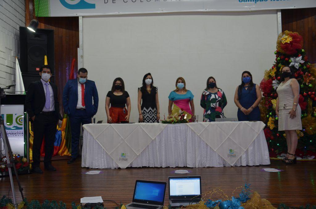 Directivas de la UCC, con los jefes de programa de la institución.