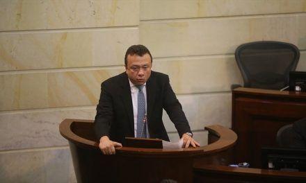 Senado se prepara para suspender a Eduardo Pulgar