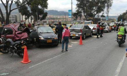 Carro cisterna que atropelló a tres personas, debía más de 1 millón en multas de tránsito