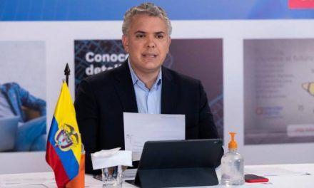 Exfiscal Néstor Humberto Martínez estará en Comisión Contra el Crimen