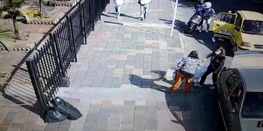 Mujer mordió a policía para evitar que se le llevaran su vehículo