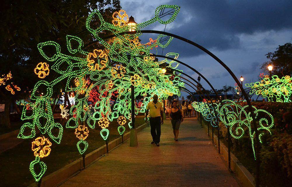 San Andrés contrató alumbrado navideño, pese afectaciones de huracán Iota