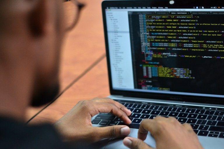 Alertan por malware en extensiones de navegador no oficiales para Instagram, Facebook, Vimeo y otros