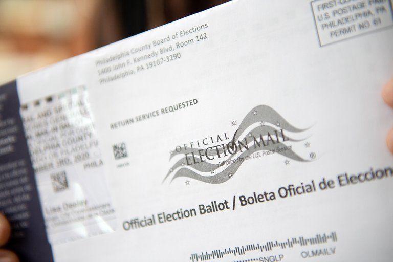 El Colegio Electoral de EEUU confirmó la victoria de Joe Biden en las elecciones del 3 de noviembre (EFE/EPA/TRACIE VAN AUKEN).