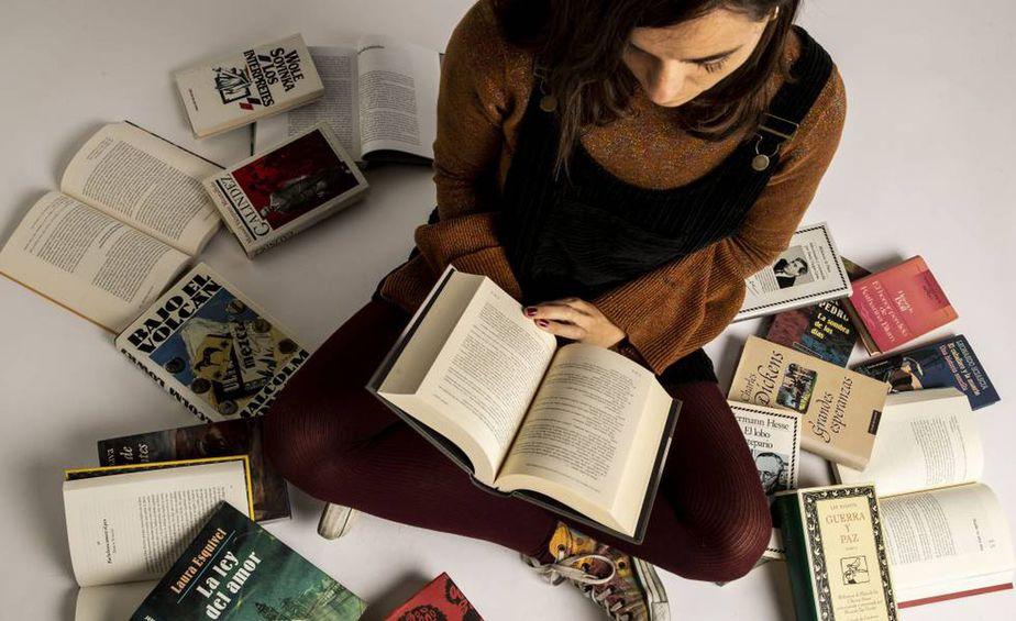 El número de mujeres lectoras está por encima del porcentaje de los hombres.