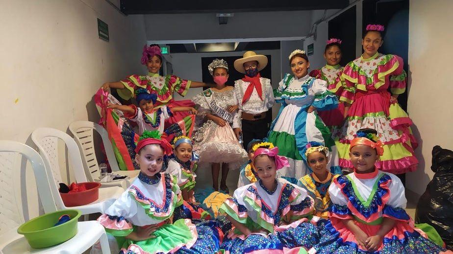 Escuela de Formación Artística en Danza Infantil.