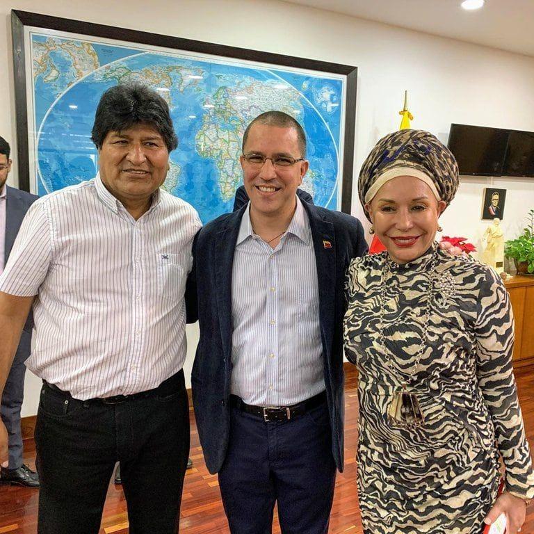 El ex presidente boliviano, Evo Morales, y la ex senadora colombiana, Piedad Córdoba, viajaron a Caracas para acompañar las elecciones convocadas por el chavismo.