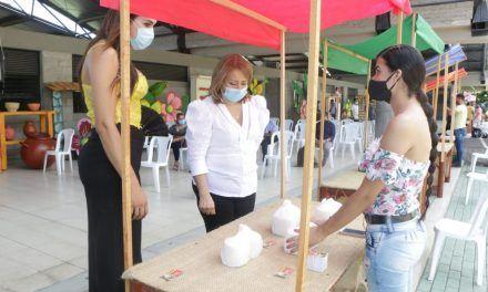 Comunidad LGBTI mostró sus emprendimientos en el Parque de la Música