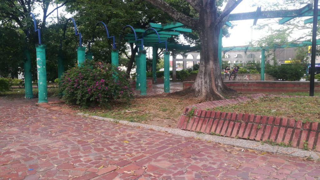 Consumo de drogas en el parque principal, no permite el desarrollo normal de los jóvenes del barrio Los Mártires.