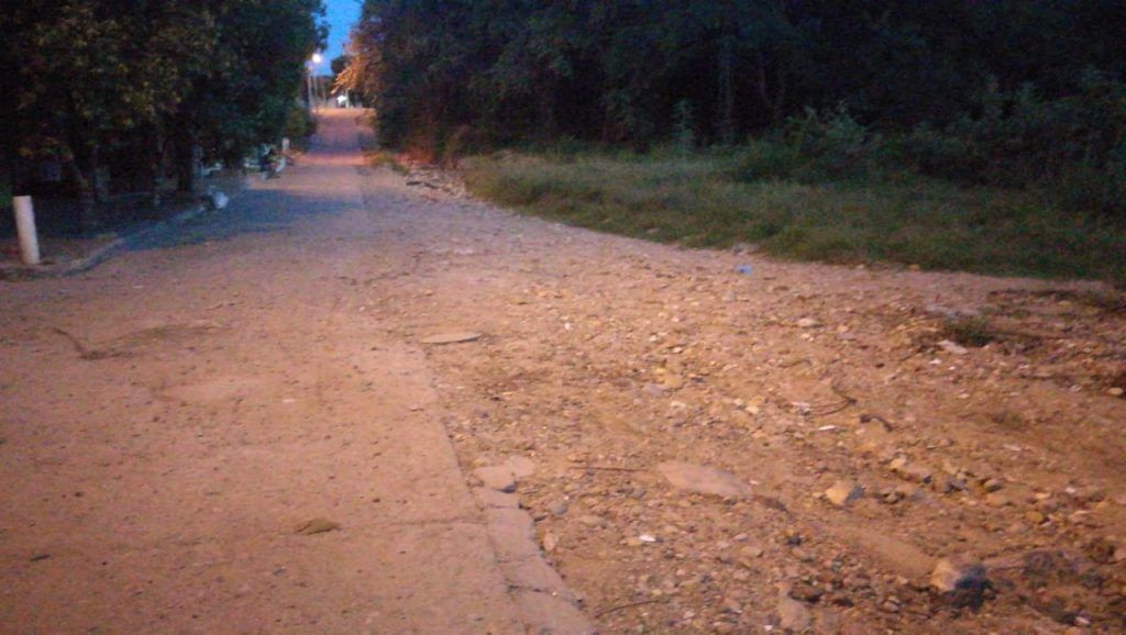 Principales vías de barrio se encuentran en mal estado.
