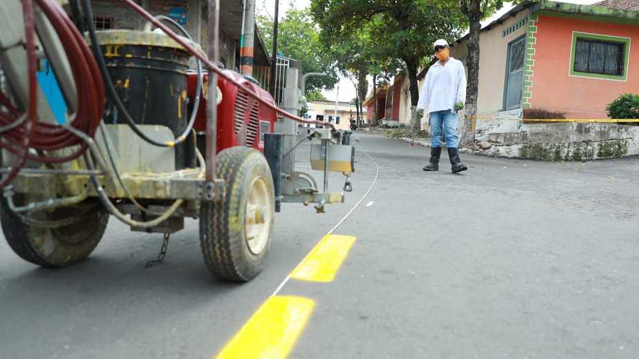 Según el secretario de Movilidad, los proyectos de señalización contribuyen al mejoramiento de la movilidad en la ciudad.