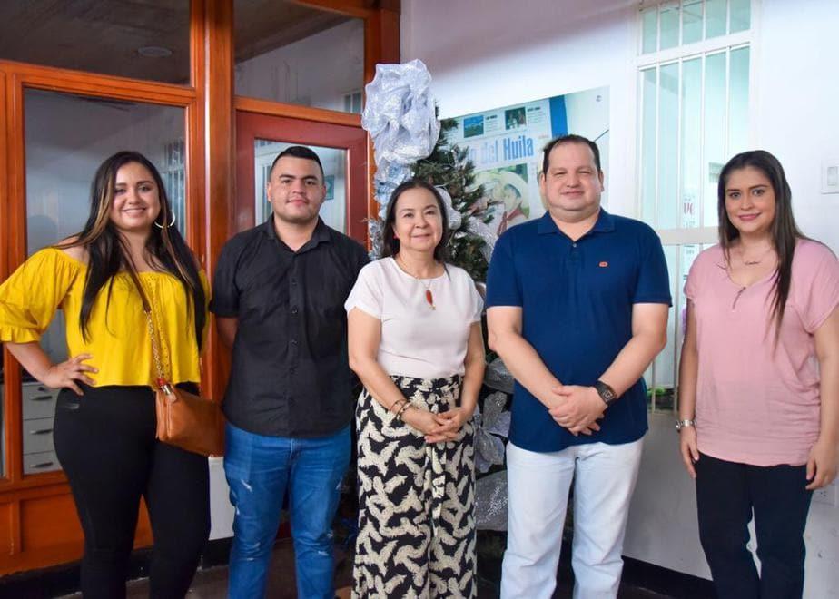 Gelitza Giménez, Manuel Macías, Luisa María Duque Cerón; Gerente General DIARIO DEL HUILA, Jhon Freddy Figueroa y Catalina Durán.