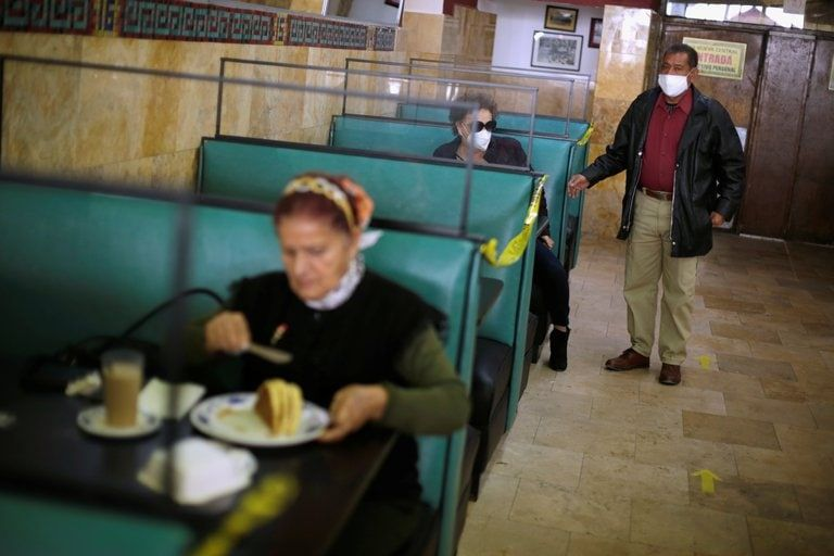 Un restaurante en Ciudad Juarez, México. REUTERS/Jose Luis Gonzalez
