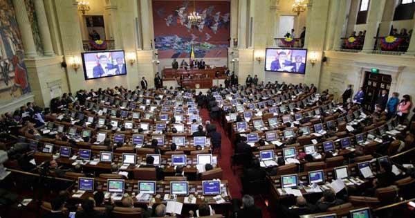 Senadores colombianos rechazaron el aborto legal en Argentina