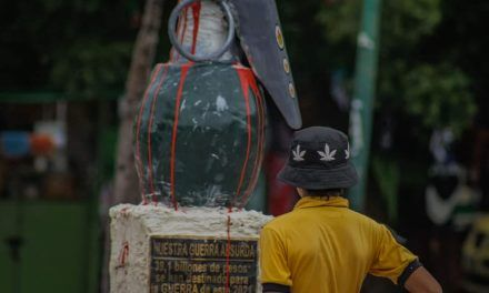 Monumento en el centro de Neiva, generó controversia
