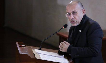 Roy Barreras duda que el Gobierno confirme compra de vacunas contra Covid-19