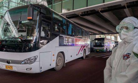 Expertos de la OMS llegan a Wuhan para buscar el origen del COVID-19