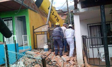 Avioneta se estrelló en una casa de Copacabana, Antioquia