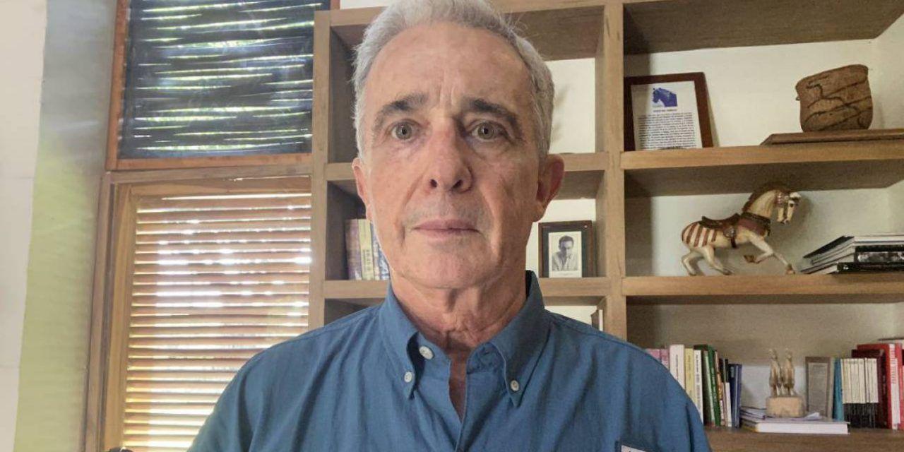 Tribunal niega tutela a Uribe y mantiene la calidad de imputado