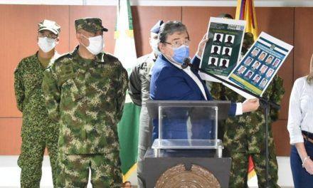 Critican al Gobierno por declarar luto nacional por muerte de Mindefensa