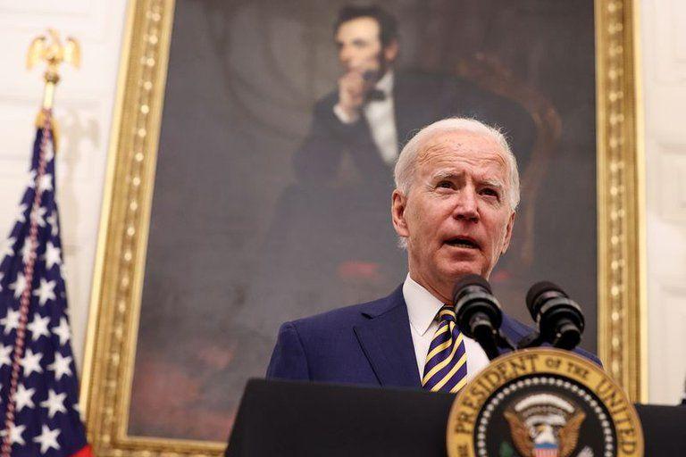 Biden quiere que el Congreso apruebe ya el plan de USD 1,9 billones para enfrentar la pandemia