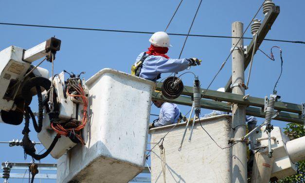 Electrohuila 'en la mira' del ministro de Hacienda