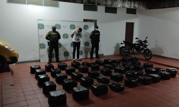 Un sujeto fue capturado transportando 234 kilos de marihuana
