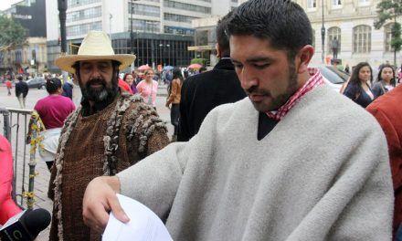 Congresista César Pachón está respirando con asistencia a causa del Covid