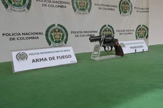 Guilombo Gutiérrez fue capturado en flagrancia con un revolver calibre 38.