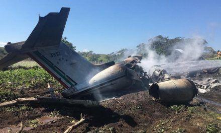 El desplome de un avión en Veracruz dejó a seis personas sin vida