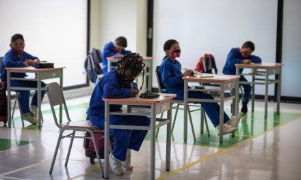 Colegios oficiales del Atlántico se suman al modelo de alternancia
