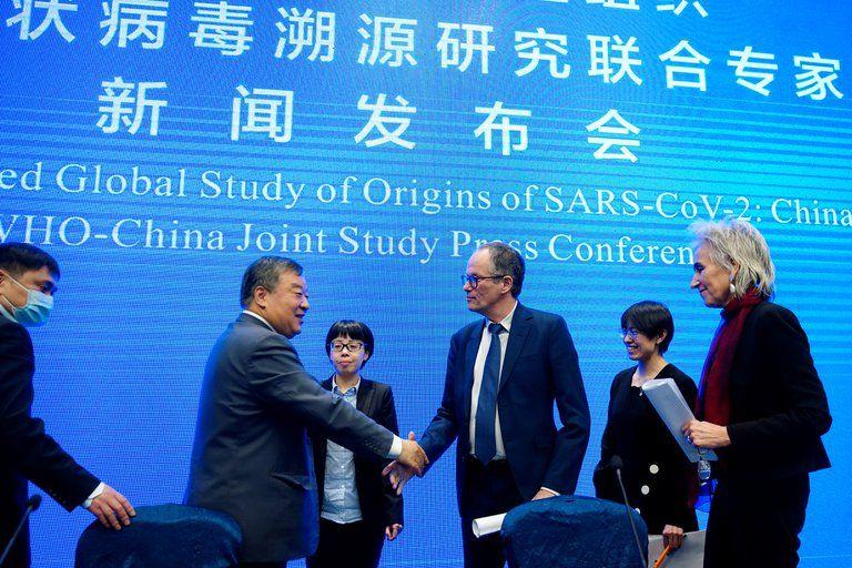 La Organización Mundial de la Salud que investigó el coronavirus en Wuhan descartó la posibilidad de que se hubiese originado en un laboratorio.