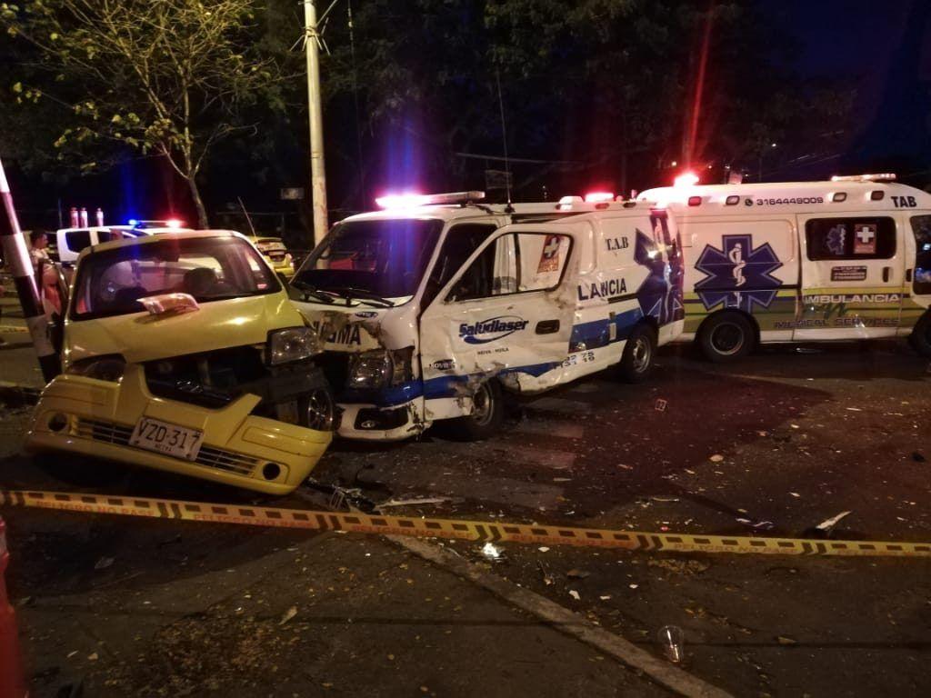 Los bajos sueldos de los conductores de ambulancia estarían generando 'la guerra del SOAT'.