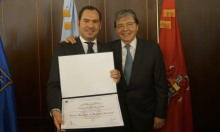 Hijo de Carlos Holmes Trujillo suena como Viceministro de Defensa