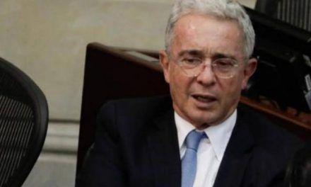 Uribe apela tutela para tumbar imputación en su contra