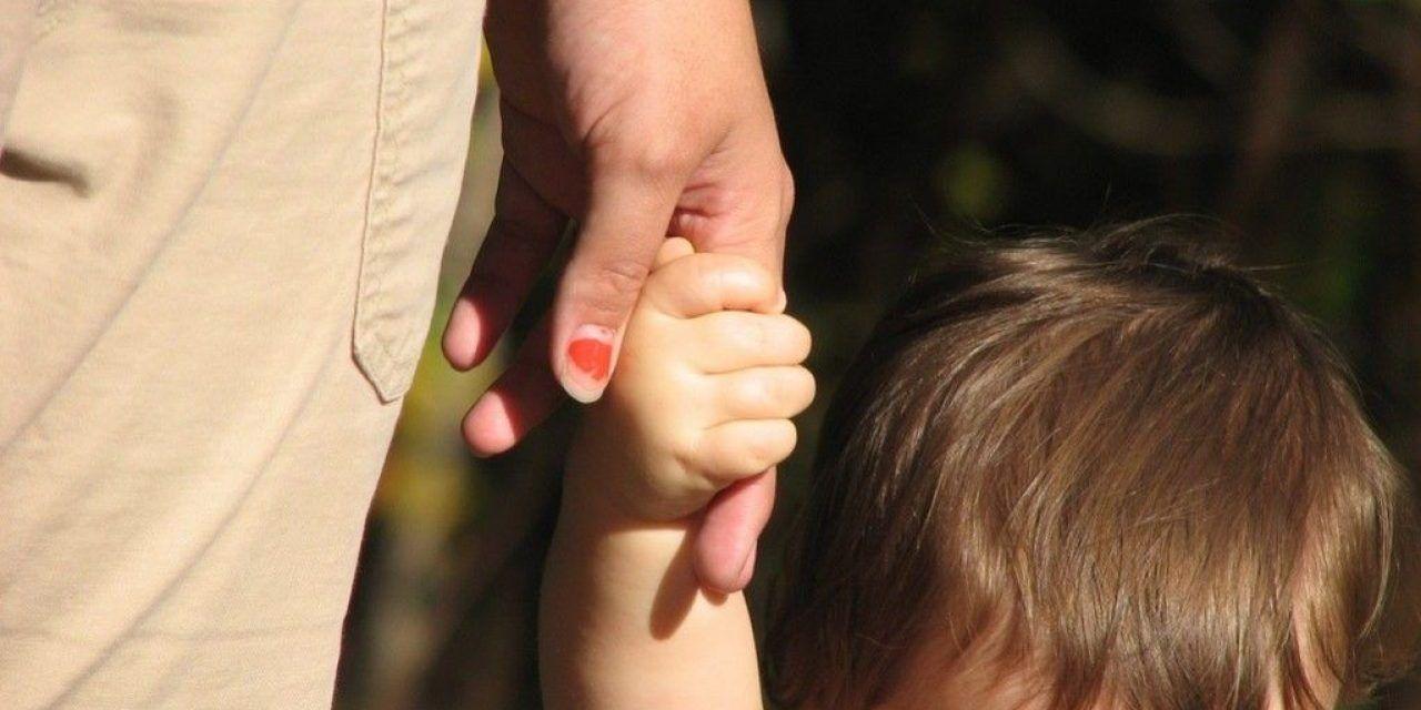 Un golpe al bolsillo de los padres morosos