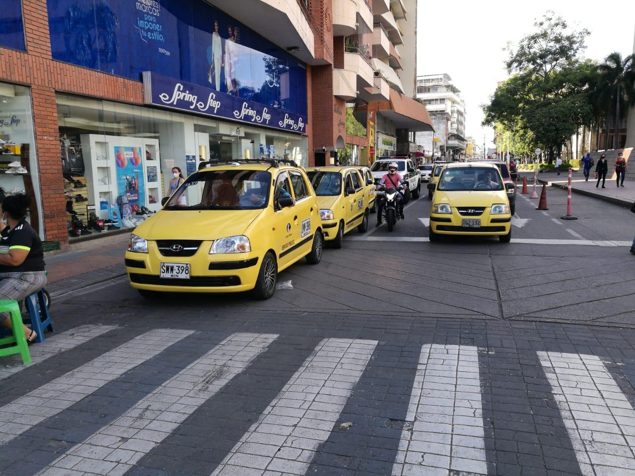 Los taxistas exigieron a las autoridades tomar las medidas necesarias para frenar el mototaxismo.