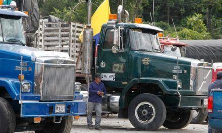 Activan PMU para seguimiento y monitoreo al paro camionero