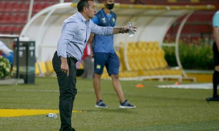 Cayó el primer técnico de la liga colombiana