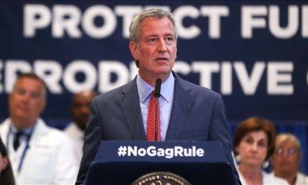 Alcalde de Nueva York acusado de acoso