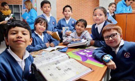 Sociedad Colombiana de Pediatría asegura que los niños pertenecen a las aulas