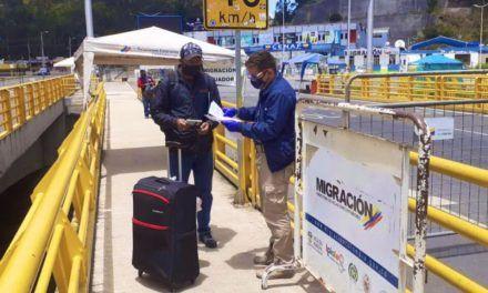 Colombia prolongó el cierre de los pasos fronterizos